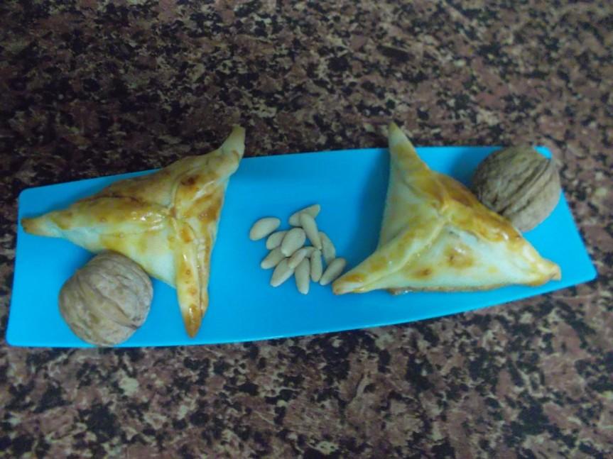 Baklabas (empanadilla rellenas de frutossecos)